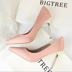 Big Tree Blush Pumps with Gold Heel Size 38